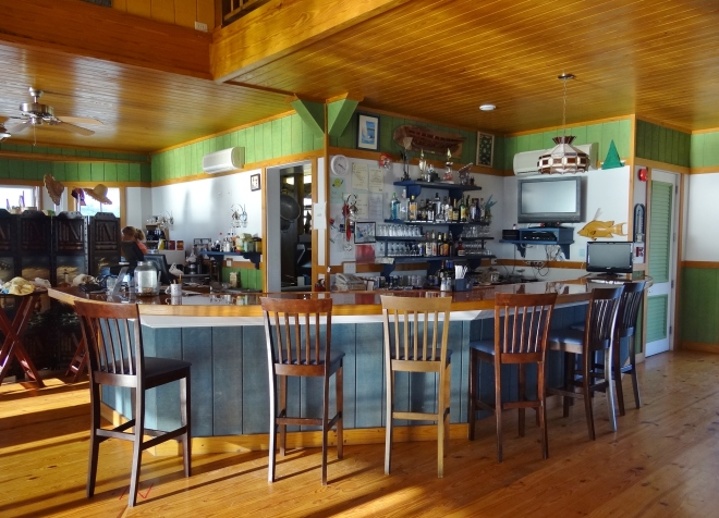 Long Island Breeze: bar area. Gift area to far left