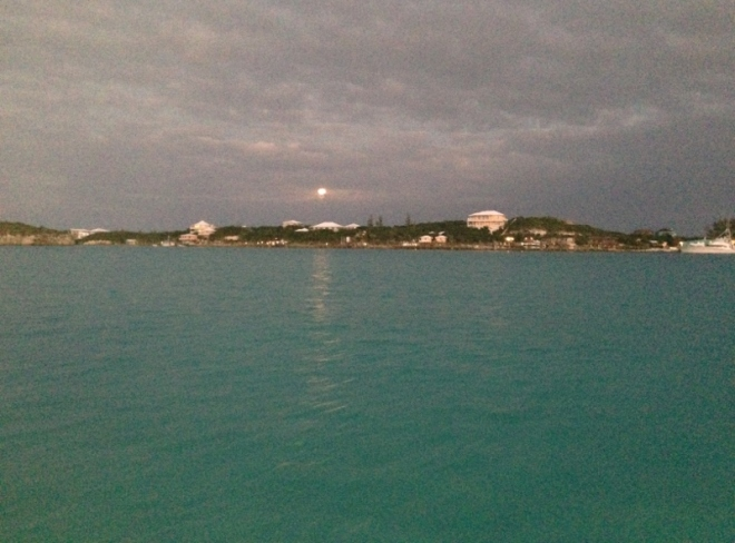 Moonrise as we dinghy in to the SCYC