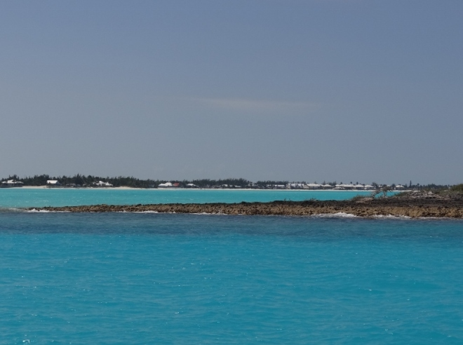 Sand Bank Cays with Treasure Cay in distance