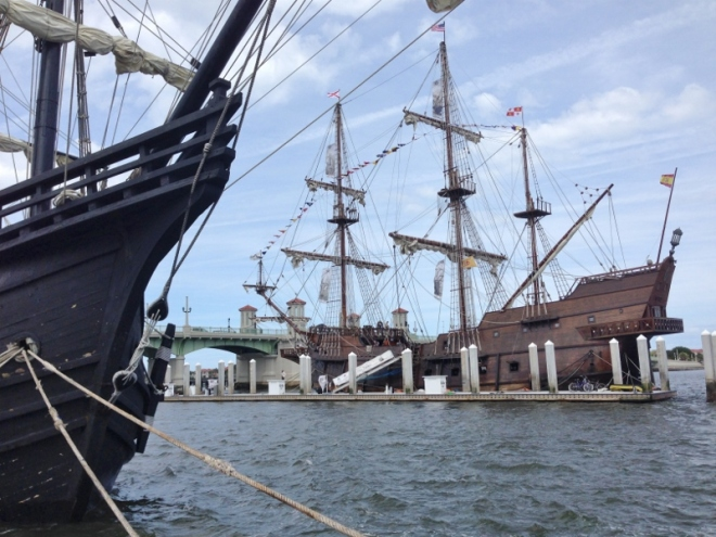 El Galeon with the bow of her sister ship to left. Bridge of Lions behind