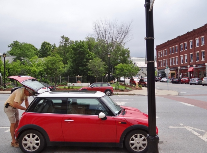 multi MINIs in Middlebury