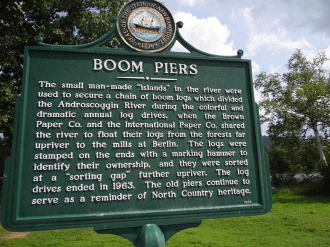 boom pier sign
