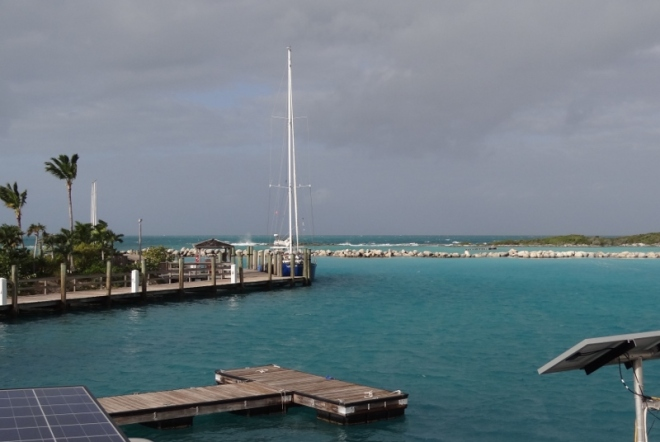 West wind begins to pick up. S/v Exotic Dream fuels up before heading back to Nassau
