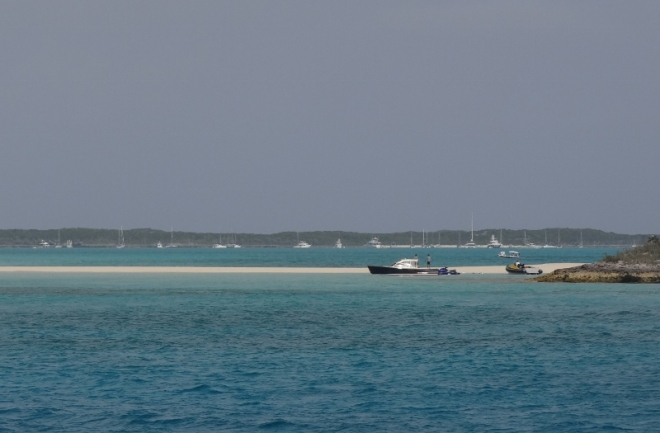 Sandy Cay with anchored boats behind Big Major