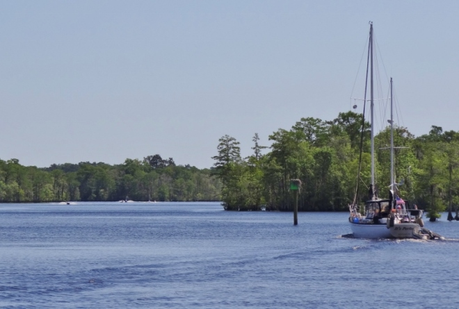 Waccamaw just before Osprey, passing It's Perfect- again