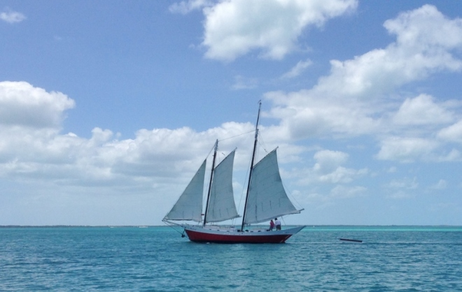 Seen this one a few times in Abacos, very narrow hull, but oh so attractive. Just sailed off their anchor