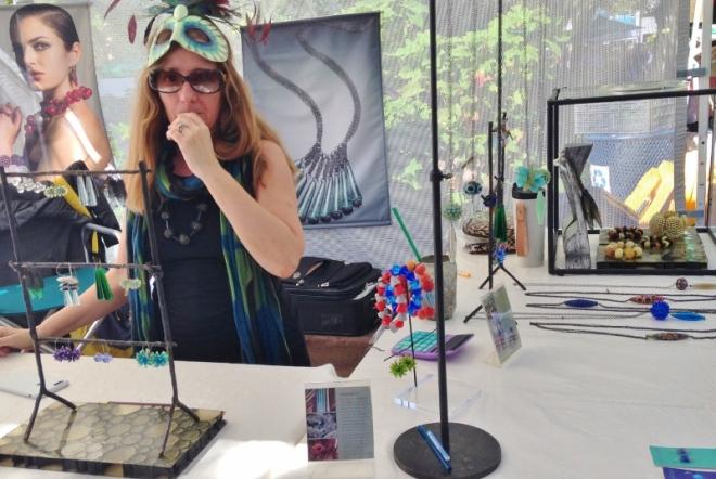 Artist in costume at Charleston Farm Market